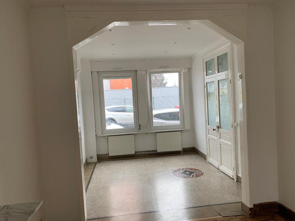 Appartement à louer 2 58.87m2 à Valenciennes vignette-3