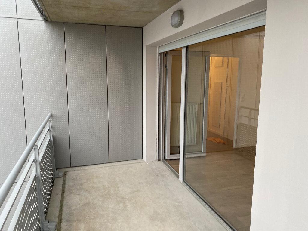 Appartement à louer 4 82.46m2 à Valenciennes vignette-7