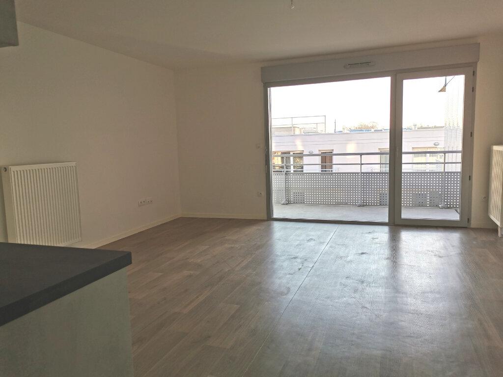 Appartement à louer 4 82.46m2 à Valenciennes vignette-9