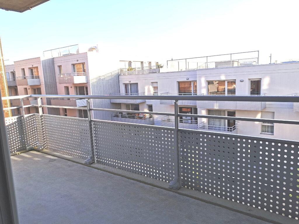 Appartement à louer 4 82.46m2 à Valenciennes vignette-16