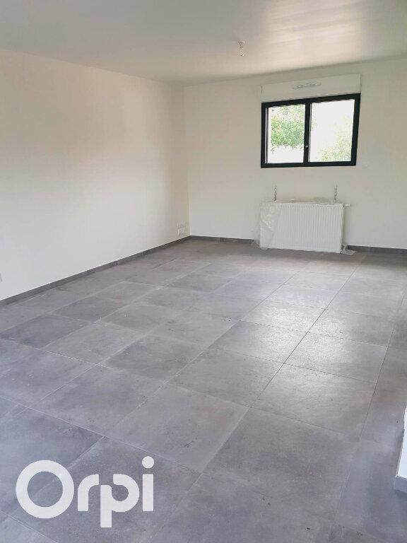 Maison à louer 5 100.8m2 à Nivelle vignette-2