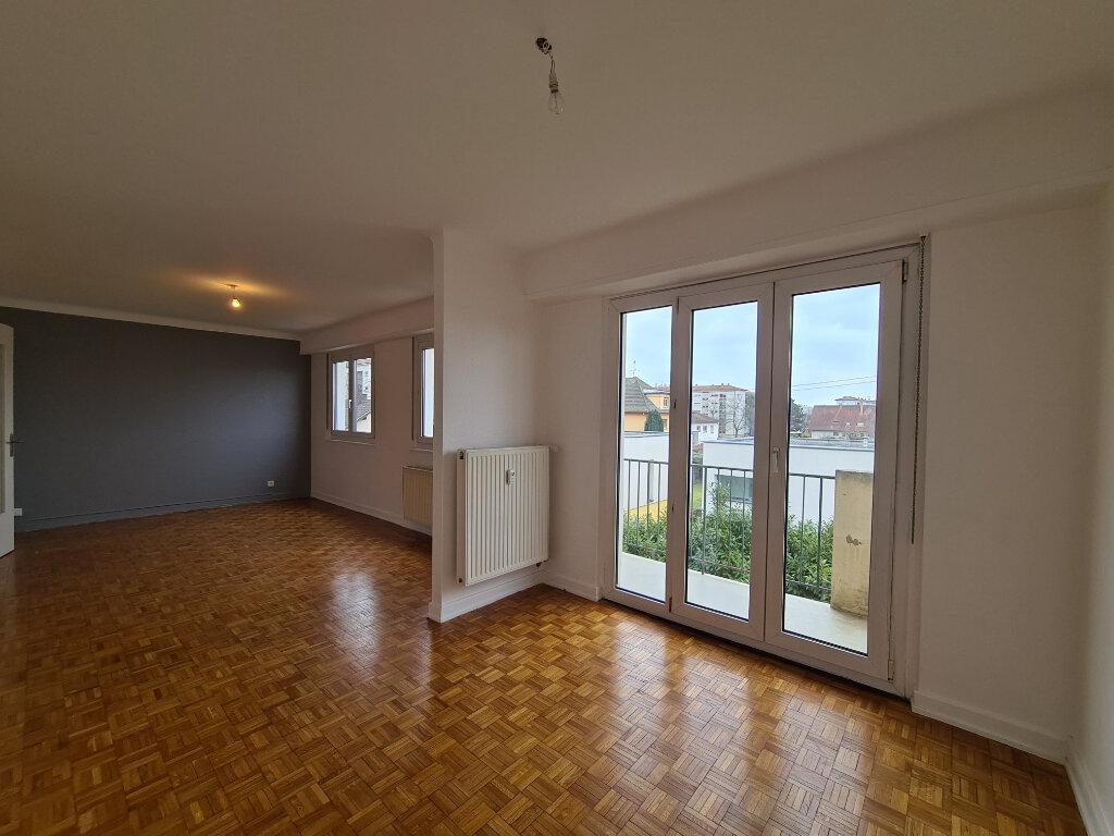 Appartement à louer 4 108m2 à Illkirch-Graffenstaden vignette-4