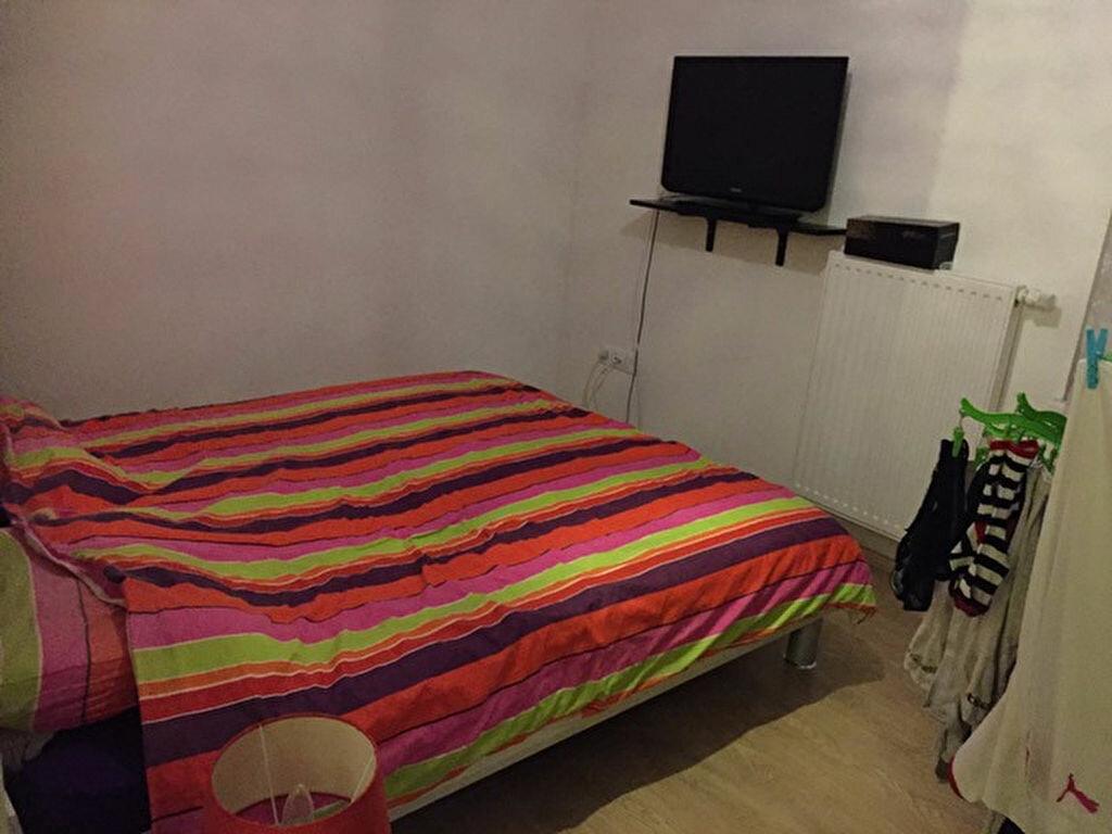 Appartement à louer 3 66.18m2 à Hoenheim vignette-6