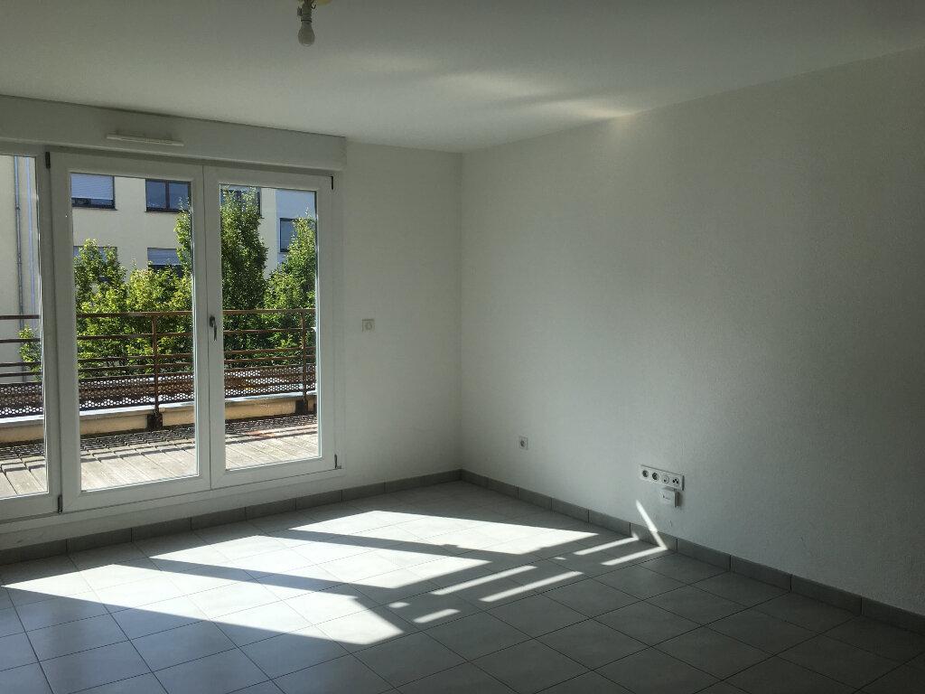 Appartement à louer 3 59.92m2 à Illkirch-Graffenstaden vignette-2