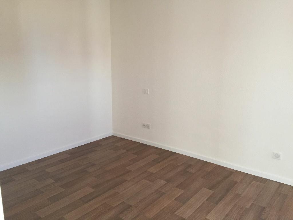 Appartement à louer 3 53.27m2 à Strasbourg vignette-2
