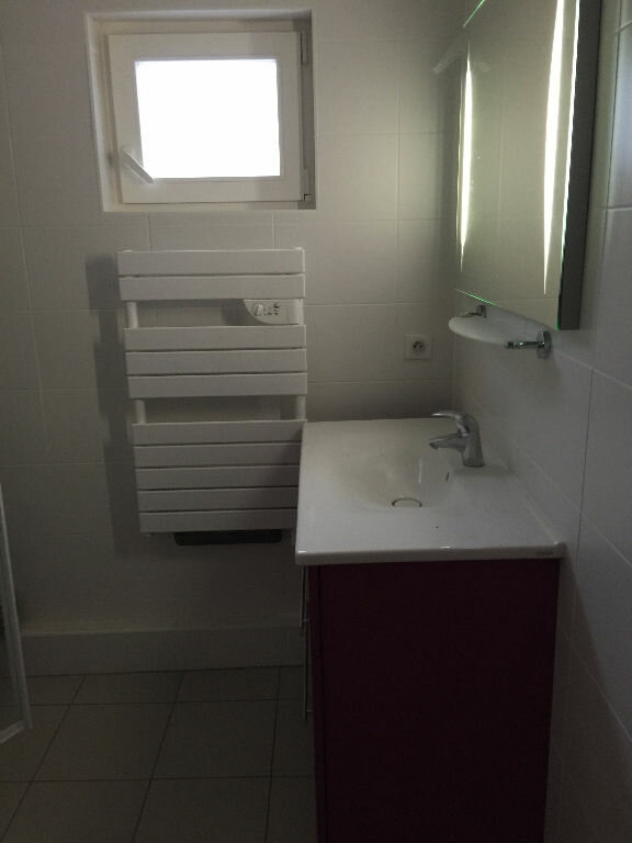 Appartement à louer 3 77m2 à Strasbourg vignette-4