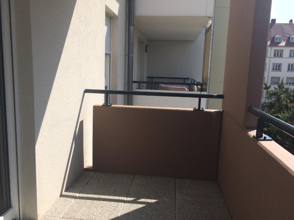 Appartement à louer 2 40.96m2 à Strasbourg vignette-4