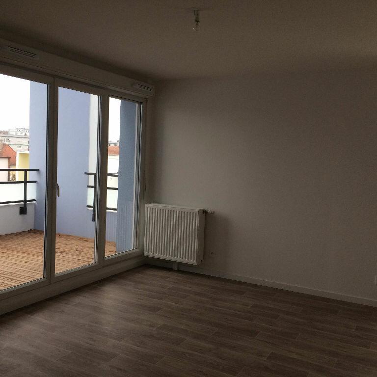 Appartement à louer 3 62.41m2 à Strasbourg vignette-4