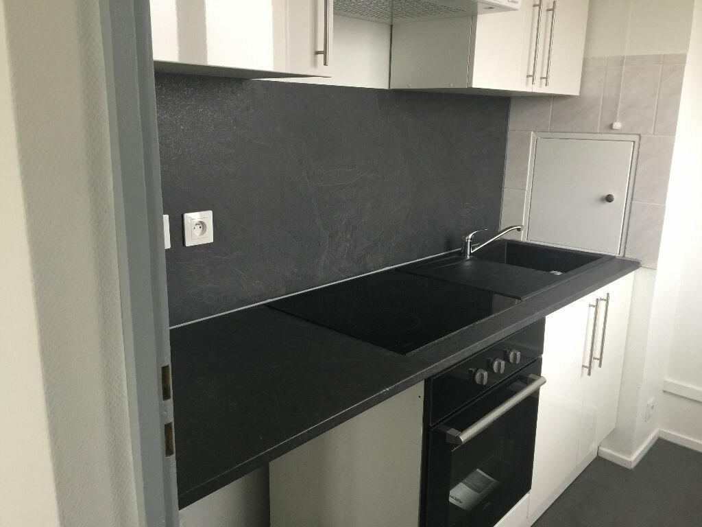 Appartement à louer 2 42m2 à Schiltigheim vignette-1