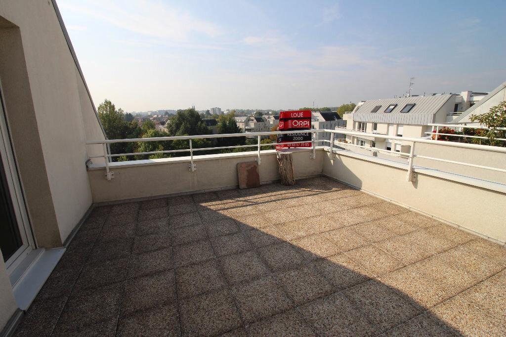 Appartement à louer 5 96.38m2 à Illkirch-Graffenstaden vignette-2