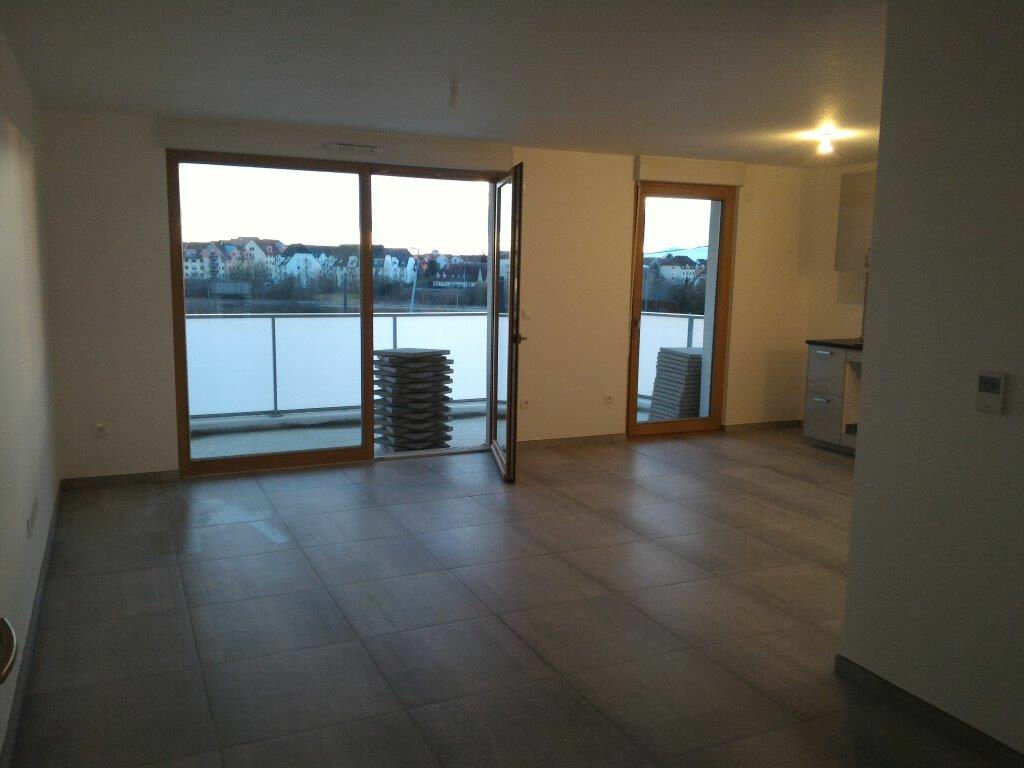 Appartement à louer 3 67.06m2 à Illkirch-Graffenstaden vignette-3
