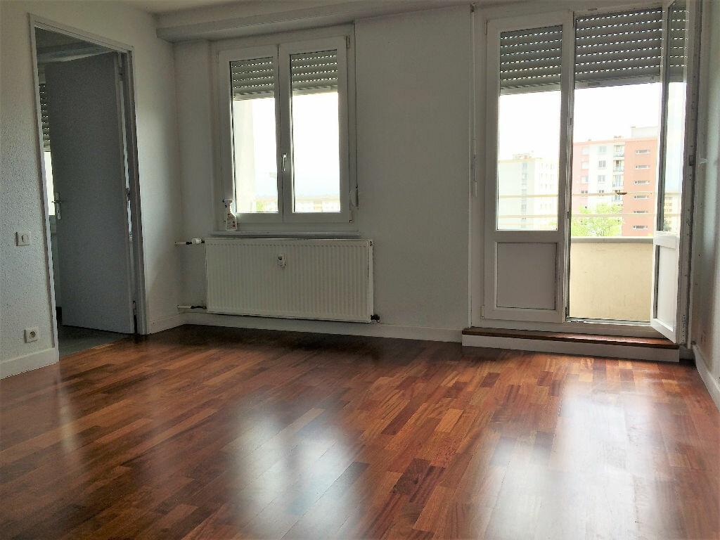 Appartement à louer 2 48.83m2 à Strasbourg vignette-2