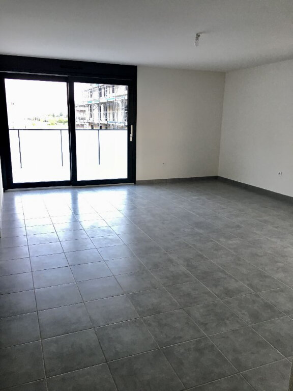 Appartement à louer 4 83.1m2 à Illkirch-Graffenstaden vignette-3