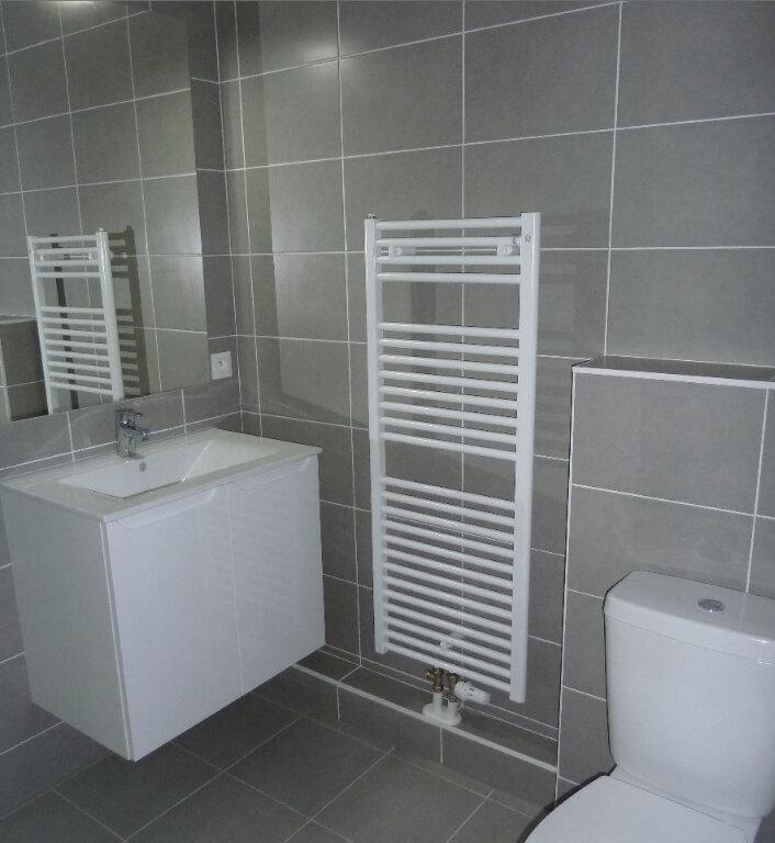 Appartement à louer 2 43.1m2 à Obernai vignette-2