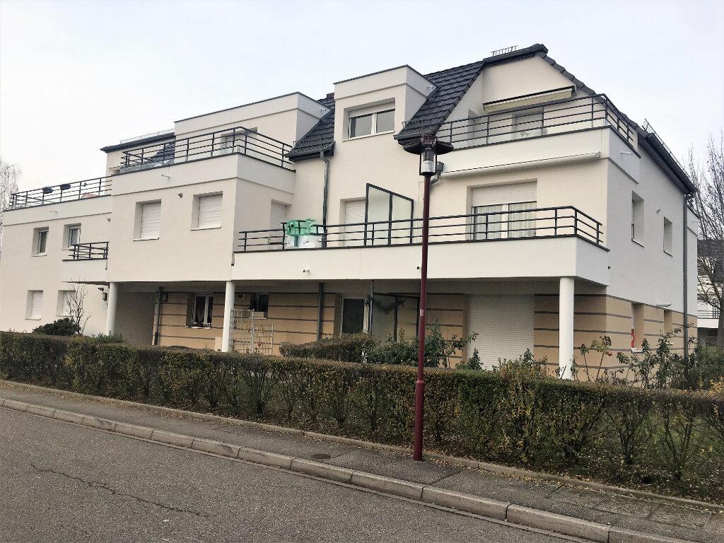 Appartement à louer 3 65m2 à Illkirch-Graffenstaden vignette-1