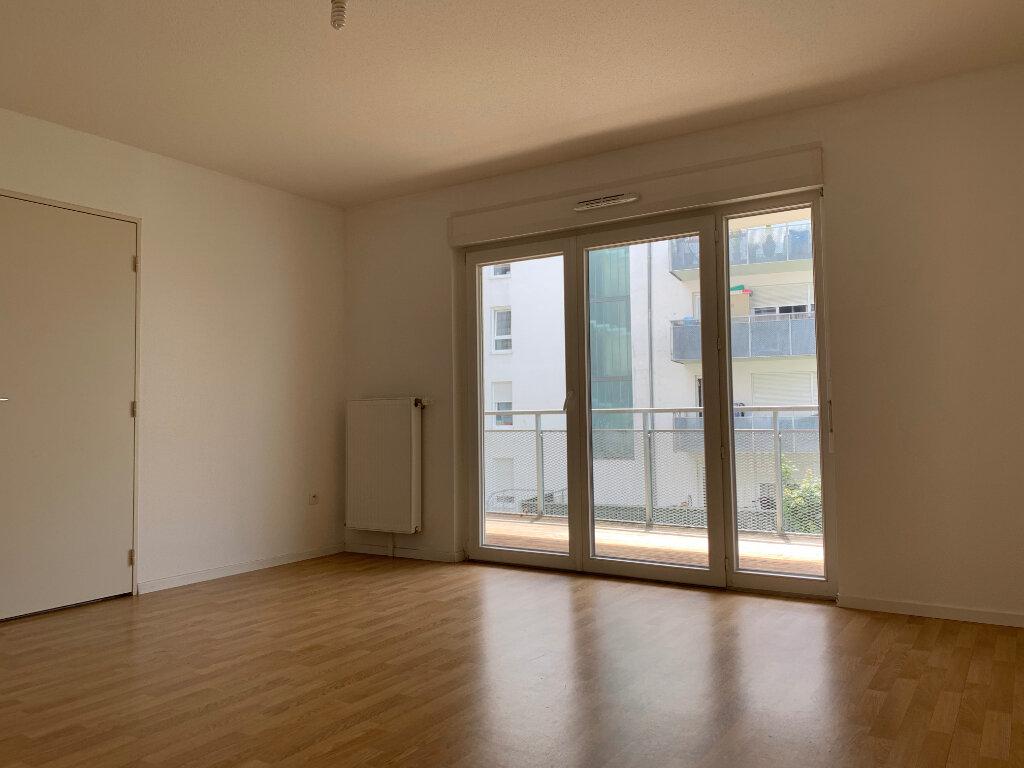 Appartement à louer 3 64.69m2 à Strasbourg vignette-1