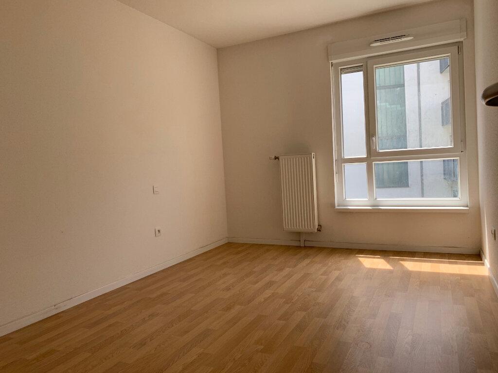 Appartement à louer 3 64.69m2 à Strasbourg vignette-5