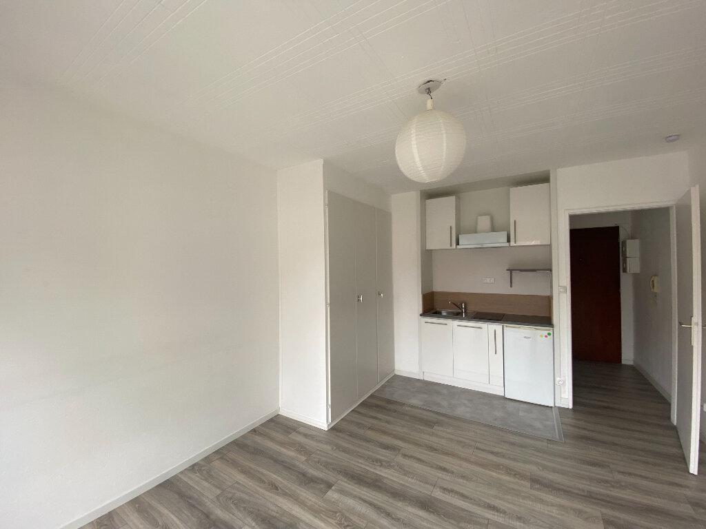 Appartement à louer 1 20m2 à Strasbourg vignette-2