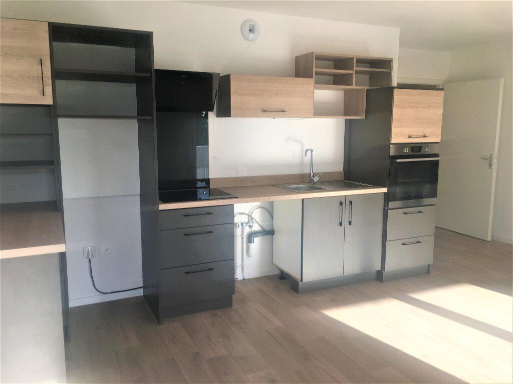 Appartement à louer 3 61.87m2 à Lingolsheim vignette-2