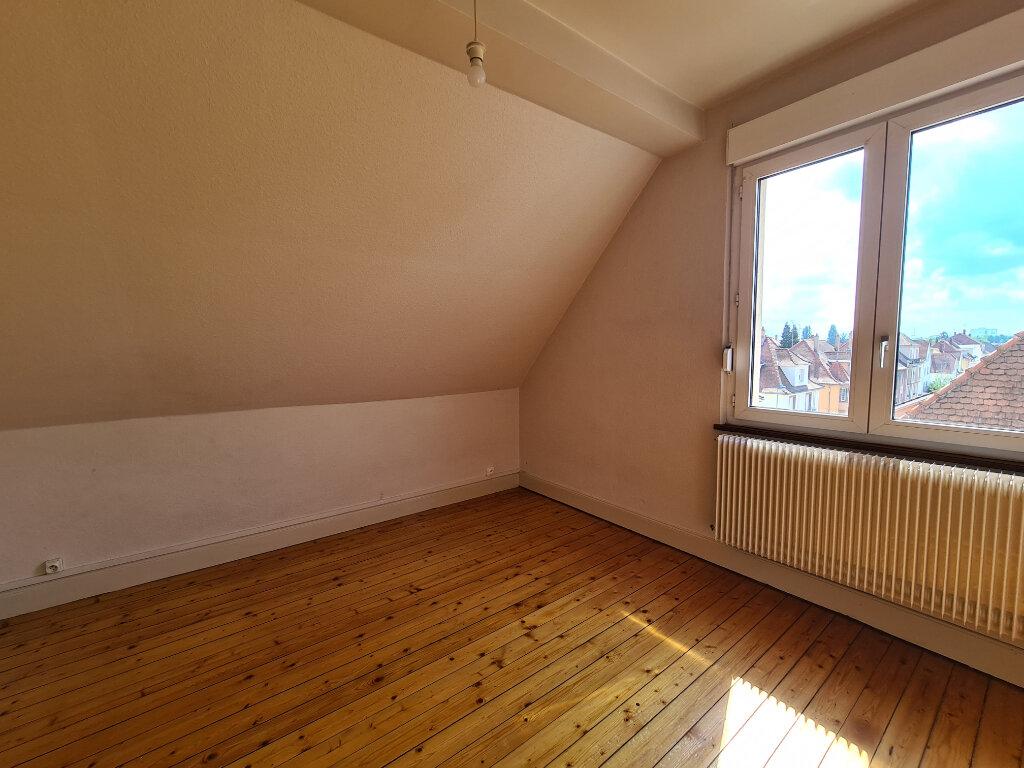 Appartement à louer 2 32.47m2 à Schiltigheim vignette-3