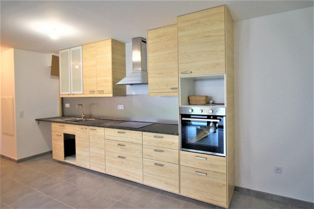 Appartement à louer 4 79m2 à Bischheim vignette-1