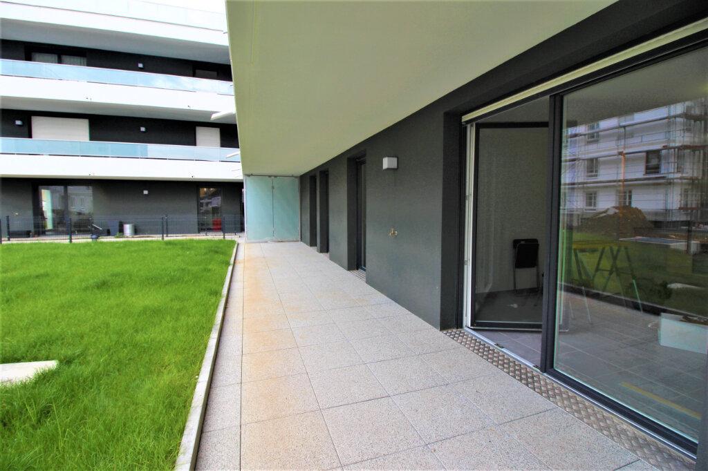 Appartement à louer 4 79m2 à Bischheim vignette-4