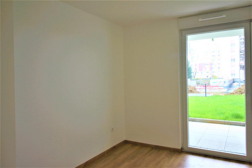 Appartement à louer 4 79m2 à Bischheim vignette-7