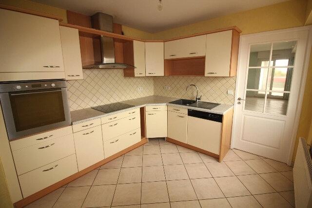 Appartement à louer 5 103.16m2 à Hoenheim vignette-4