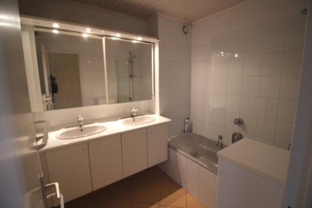 Appartement à louer 5 103.16m2 à Hoenheim vignette-5