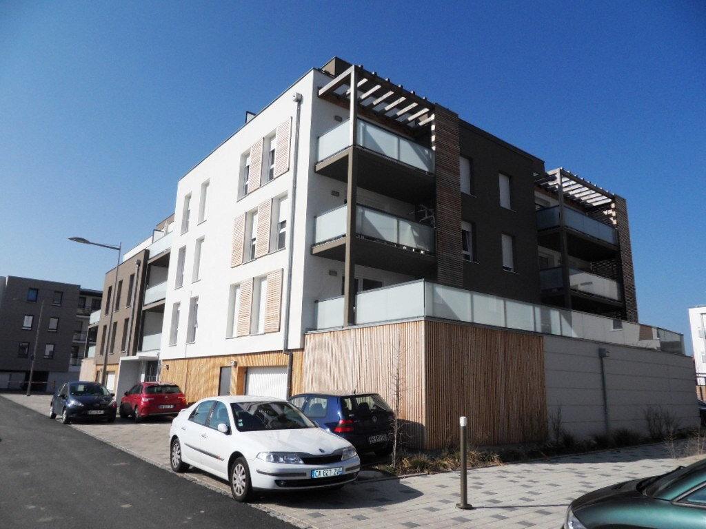 Appartement à louer 3 65.17m2 à Lingolsheim vignette-3