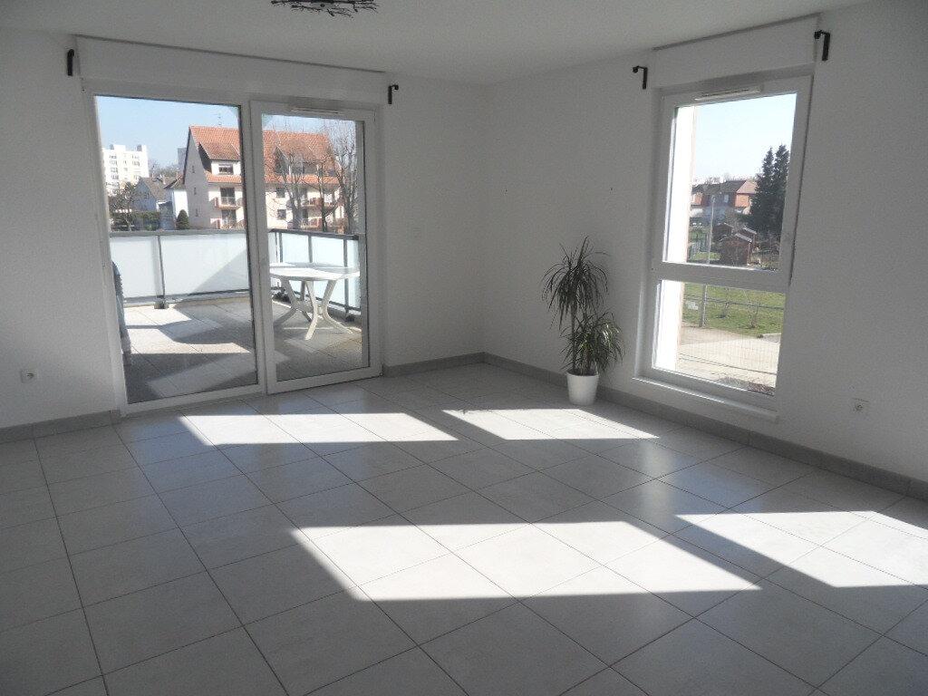 Appartement à louer 3 65.17m2 à Lingolsheim vignette-4