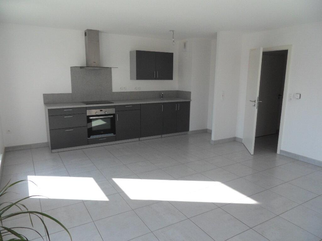 Appartement à louer 3 65.17m2 à Lingolsheim vignette-6