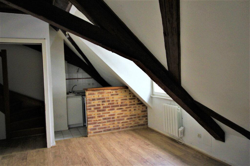 Appartement à louer 2 31m2 à Strasbourg vignette-1
