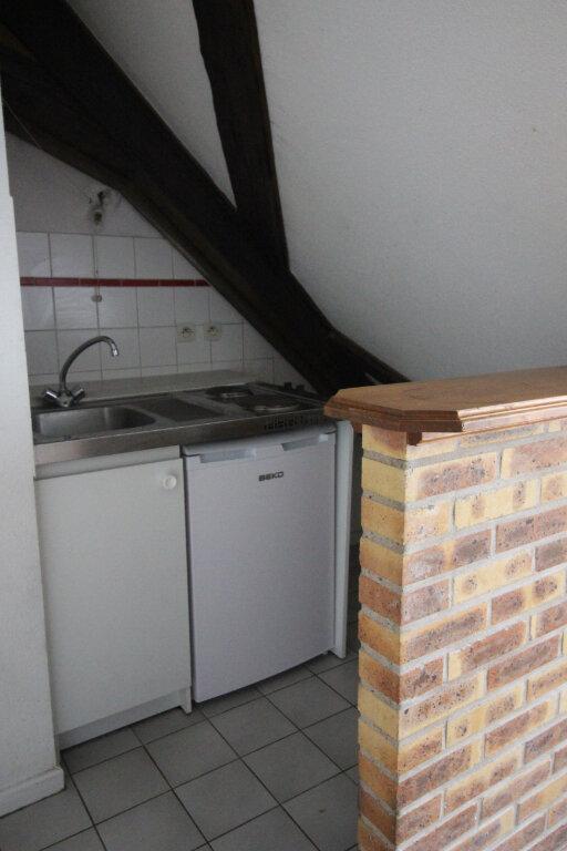 Appartement à louer 2 31m2 à Strasbourg vignette-2