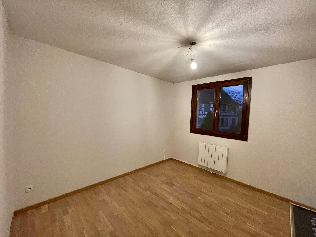 Appartement à louer 3 61.9m2 à Entzheim vignette-8