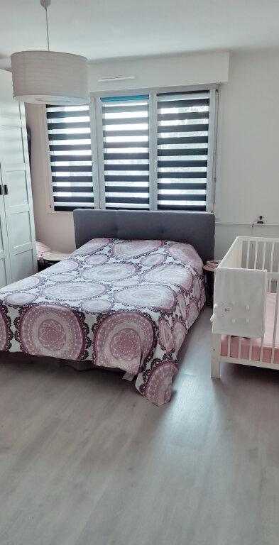 Appartement à louer 3 84.35m2 à Lingolsheim vignette-6