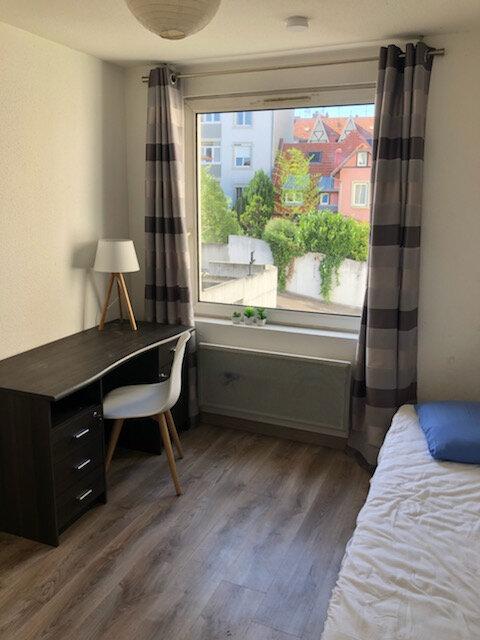Appartement à louer 1 16m2 à Strasbourg vignette-1