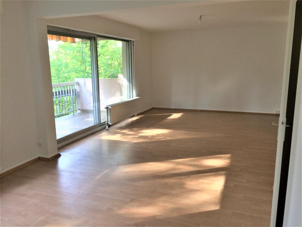 Appartement à louer 2 70.02m2 à Illkirch-Graffenstaden vignette-4