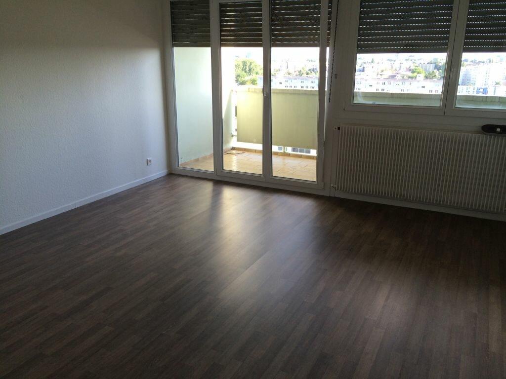 Appartement à louer 2 50m2 à Reichstett vignette-2