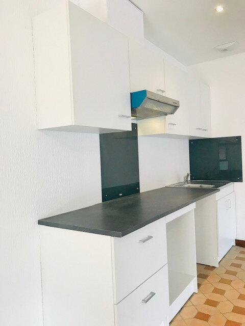 Appartement à louer 3 103.2m2 à Schweighouse-sur-Moder vignette-2