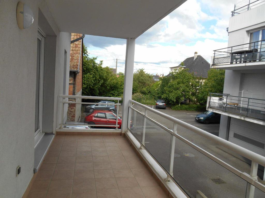 Appartement à louer 3 57.32m2 à Erstein vignette-4