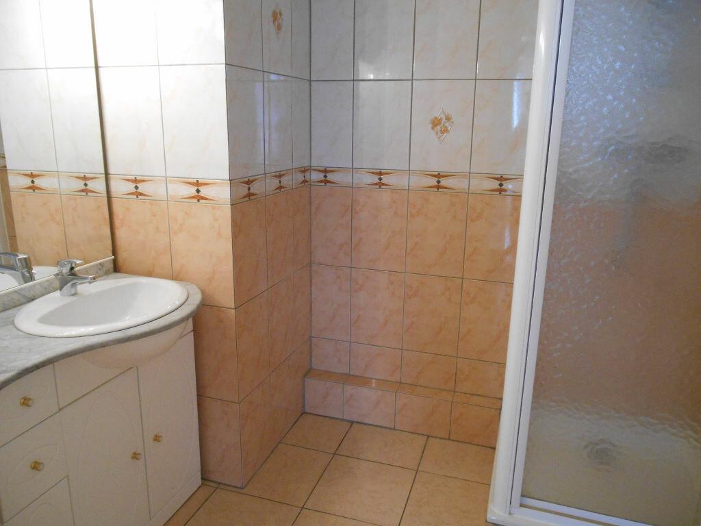 Appartement à louer 3 57.32m2 à Erstein vignette-5
