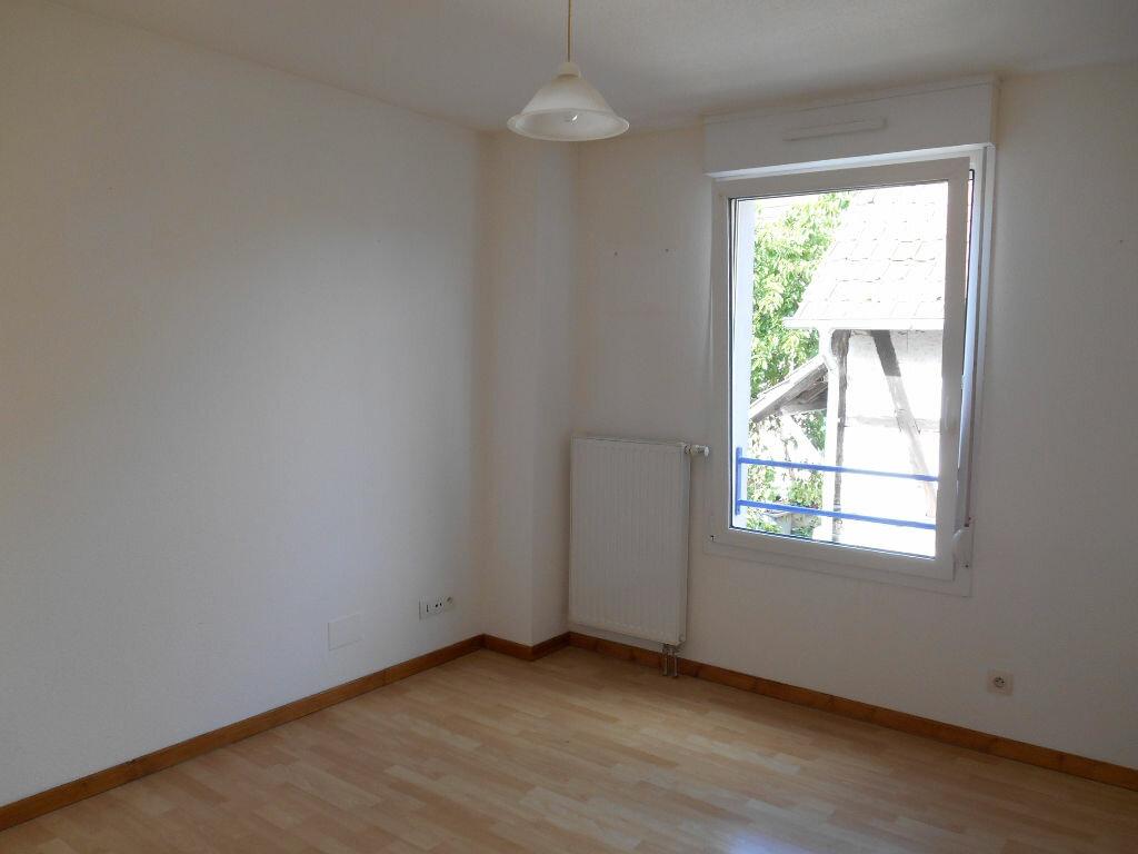 Appartement à louer 3 57.32m2 à Erstein vignette-6
