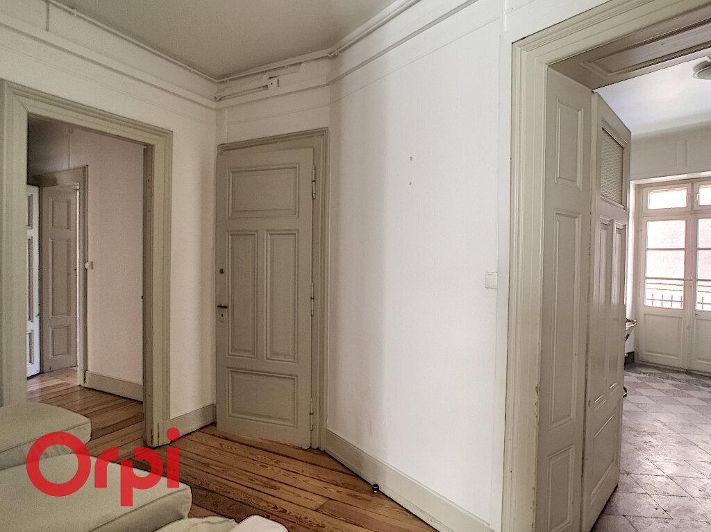 Appartement à louer 3 90m2 à Strasbourg vignette-2