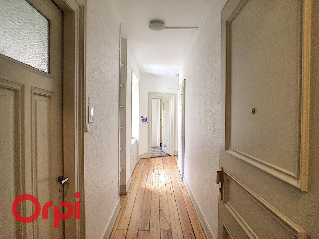 Appartement à louer 3 90m2 à Strasbourg vignette-3