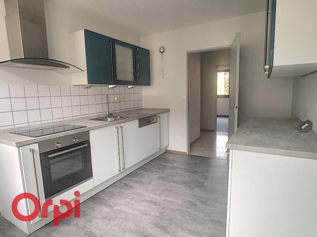 Appartement à louer 3 81m2 à Obernai vignette-1