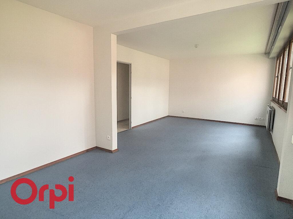 Appartement à louer 3 81m2 à Obernai vignette-3