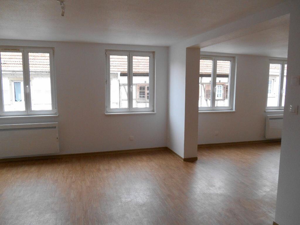 Appartement à louer 3 74.49m2 à Erstein vignette-7