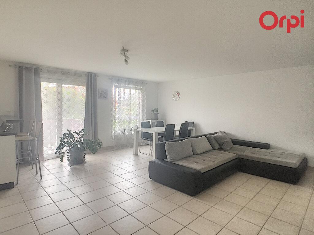 Appartement à louer 4 83.13m2 à Benfeld vignette-2