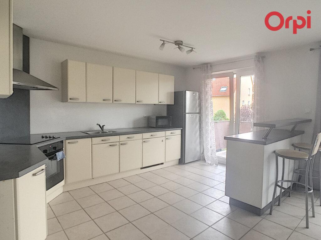 Appartement à louer 4 83.13m2 à Benfeld vignette-3